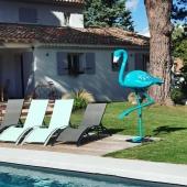 Notre flamant bleu 🦩 turquoise a enfin aménagé dans son nouvel environnement à Aix en Provence ! 🌞🌡️ Pièce unique & sur-mesure by Swen'Art 🎨 Choisissez votre statue, ensemble nous discuterons du design graphique ☺️  #aixenprovence #oeuvredart #statuepersonnalisée #flamandrose #bleucanard #statues #decorationinterieur #decorezvosjardins #decorationexterieur #piscine #jardinerie #art #madeinfrance🇫🇷
