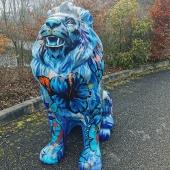 Quelle beauté 🌸 ! Encore bravo @bur_artist pour cette réalisation 👍 Partenariat artiste X statue Swenart. Lion hauteur 1m40cm.  Bon week-end à vous 💙  #artist #magnifique #flower #artisanatfrancais #talent #madewithlove❤️ #madeinfrance🇫🇷