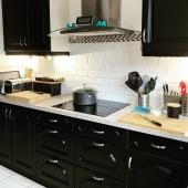 Renovation complète d'une cuisine ✌️🍽️ Grâce à nos équipements et notre savoir faire de vernisseurs laqueurs nous renovons et personnalisons tous types de supports ✔️ Merci à @laurentsicresas pour sa confiance 👍 Bon week-end à tous ♥️