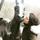 🙋♀️🐴😘  #handmade🎨🖌 #madeinfrance🇫🇷 #brignais #lyon #cheval #horse #passionequestre #pmu #statuepersonnalisée #oeuvredart #surmesure #decorezvosjardins #aidezlesartisans #aidezlesartistes