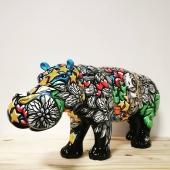 J'ai l'honneur de vous présenter un nouvel artiste partenaire... 🎉 @jmuteart!!  Un artiste très prometteur qui partage sa passion et son âme à travers ses œuvres marquées de son emprunte particulièrement talentueuse 🎨  Œuvres disponibles à la vente : - Hippo 4 pattes 70 cm : 1500 € - Hippo assis 25 cm : 500 €  #peintre #handmade🎨🖌 #viedartiste #art #personnages #amedenfant #statuepersonnalisée #statuedeco #decorationinterieur #ilovemyjob❤️