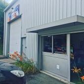 Nouvel atelier pour une nouvelle vie 🙃🤍💙 Je serai ravie de vous accueillir dans notre showroom pour vous présenter nos œuvres 😁🧵🎨  Merci à tous ceux qui m'ont donné un coup de main pour le déménagement 😘  Nouvelle adresse : 125 Chemin de Beauversant 69230 Saint-Genis-Laval